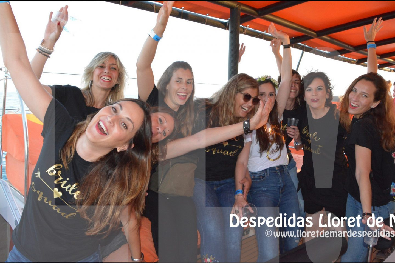 Fiestas y despedidas en Barco Catamarán en Roses Girona
